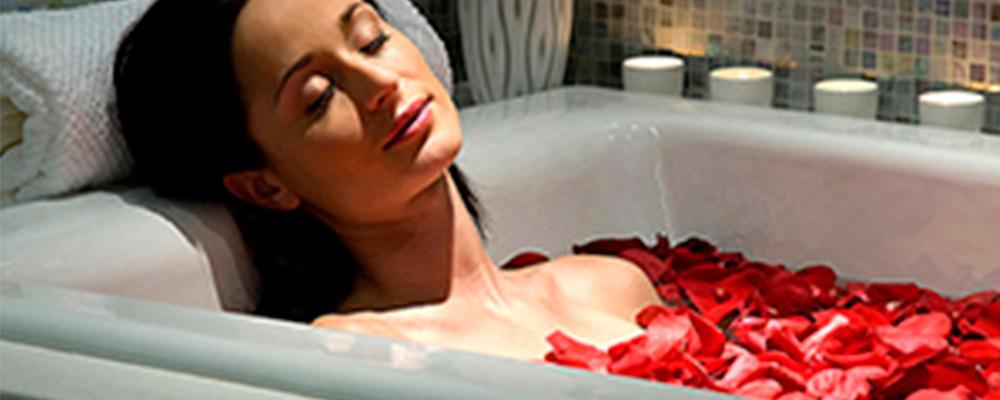 Rilassati coi bagni al sale di epsom naturalsal - Sali di epsom bagno ...
